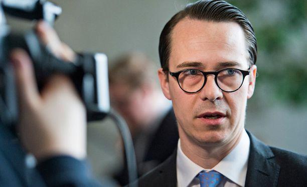 Carl Haglund kulutti kampanjaansa miltei 130 000.