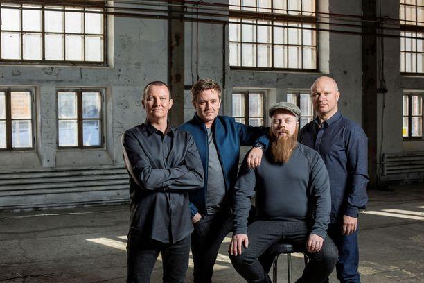 Arctic Blue Ginin taustalla ovat Jaakko Sorsa, Mikko Spoof, Asko Ryynänen ja Kimmo Koivikko.