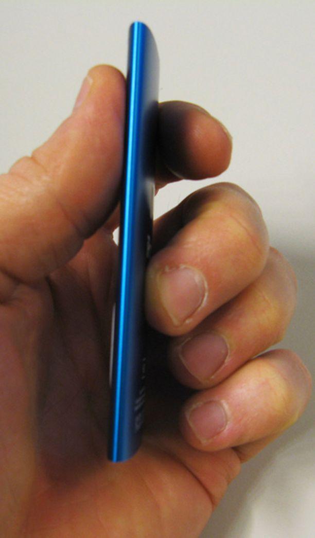 Uusi iPod Nano on vain 6,2 millimetriä paksu.