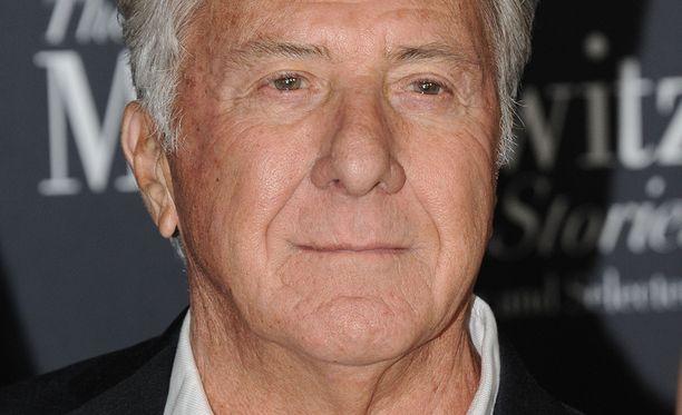 Dustin Hoffmanin väitetään käyttäytyneen sopimattomasti.