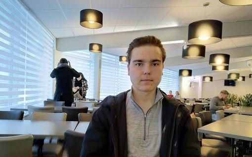 """Nuorten Leijonien maalivahti Justus Annunen, 19, on tehnyt hurjaa jälkeä SM-liigassakin – kutsuuko NHL? """"Unelma se on ollut aina"""""""