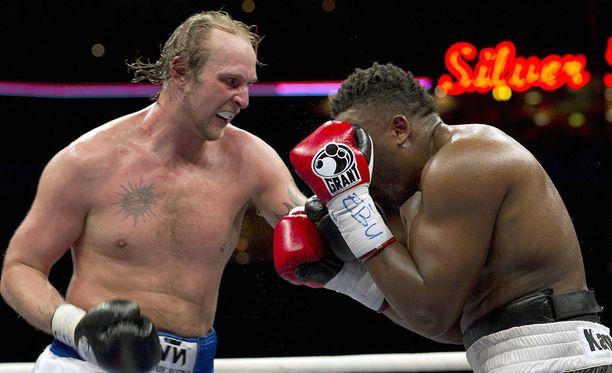 Dereck Chisora haluua revanssin tästä ottelusta.