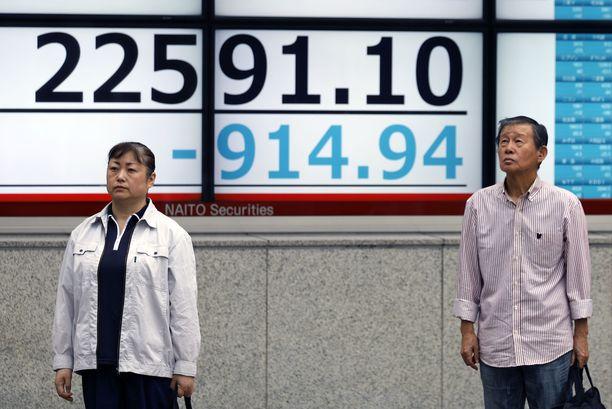Japanin Nikkei-indeksi painui pakkaselle noin neljä prosenttia.