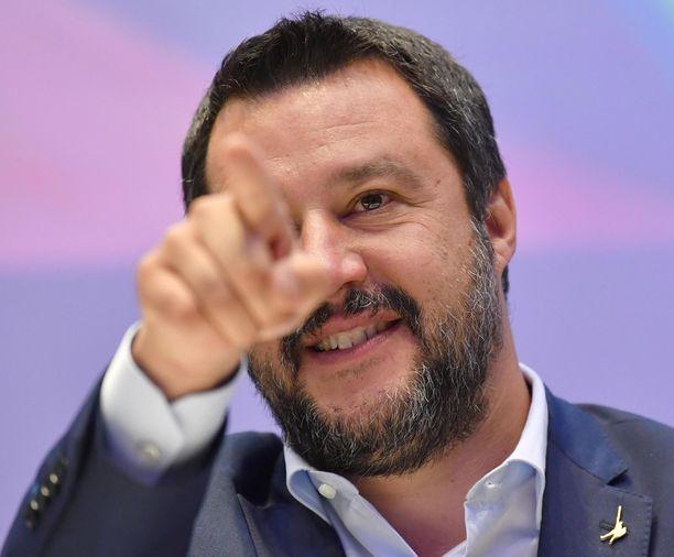 Matteo Salvini rakentelee Italiasta käsin eurojytkyä.