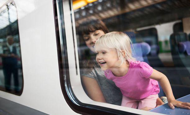 Lapsiperheet tekevät mielellään viikonloppureissuja kotimaassa.