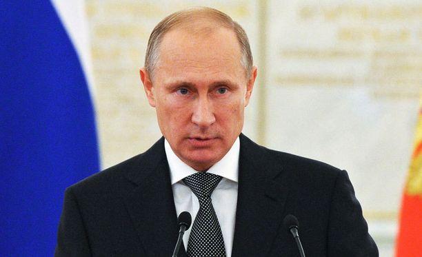 Vladimir Putinin toimet ovat muuttaneet Suomen linjaa, asiantuntija arvioi.