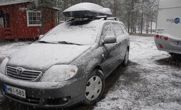 Lapissa Savukoskella tuli paljon lunta.