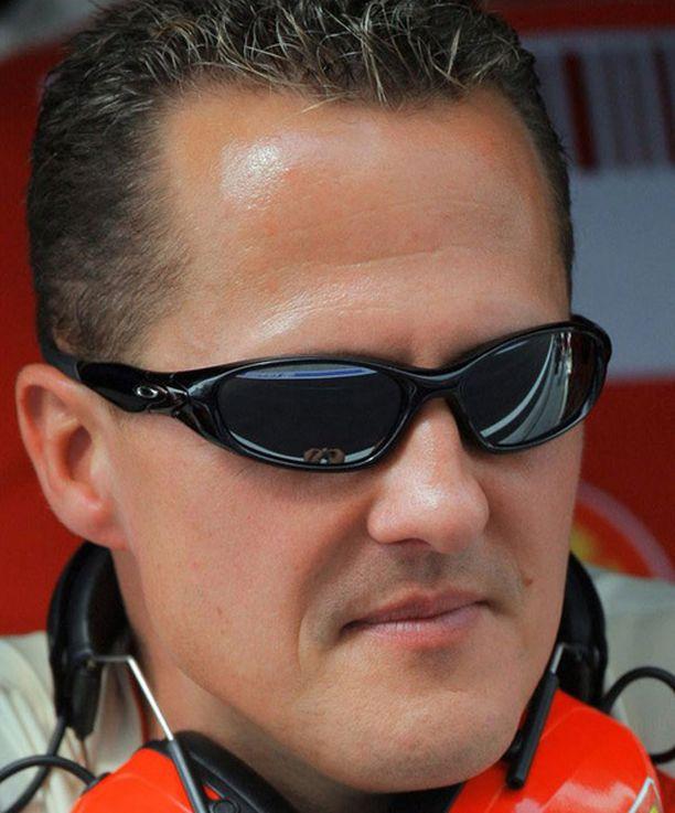 Michael Schumacher on 40-vuotias.