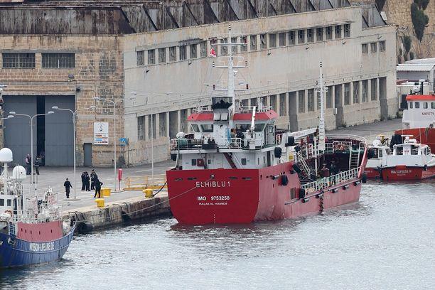 Elhiblu 1 on nyt satamassa Maltalla.