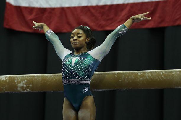 Simone Biles voitti neljä olympiakultaa Riossa.