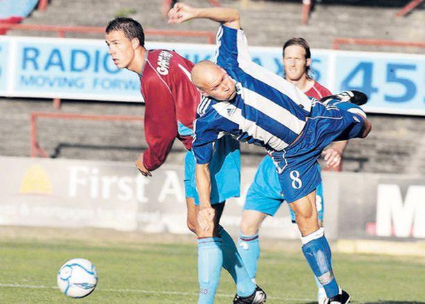 LAULUKUOROON Hjk:n ja Antti Pohjan puhti ei riittänyt jatkopaikkaan Uefa-cupin kierroksella.