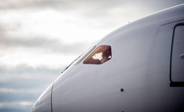 Tjäreborgin Teneriffan-lento koki takaiskuja. Kuvituskuva.