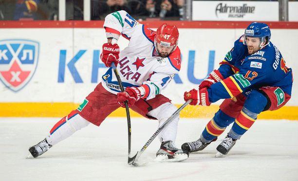 Aleksandr Radulov pisti suunsa suppuun.