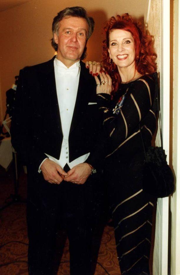 Pariskunta osallistui Linnan juhliin vuonna 1996.