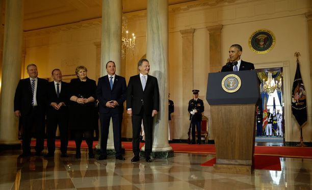 Pohjoismaiden pääministerit sekä tasavallan presidentti Sauli Niinistö kuuntelevat Obaman puhetta.