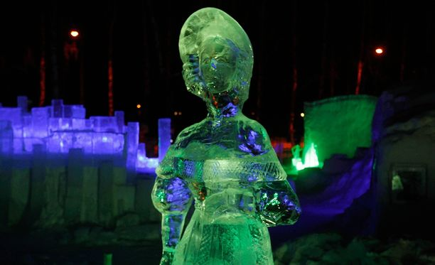 Patsaita Moskovan Sokolniki-puistossa. Kyseinen patsas ei liity tapaukseen.
