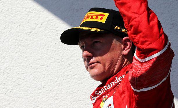 Kimi Räikkönen ei jätä F1-sirkusta vielä tämän kauden jälkeen.