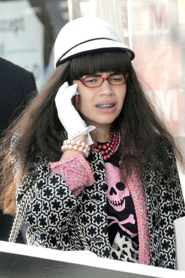 Tältä America Ferrera näytti Ugly Betty -sarjassa 10 vuotta sitten.