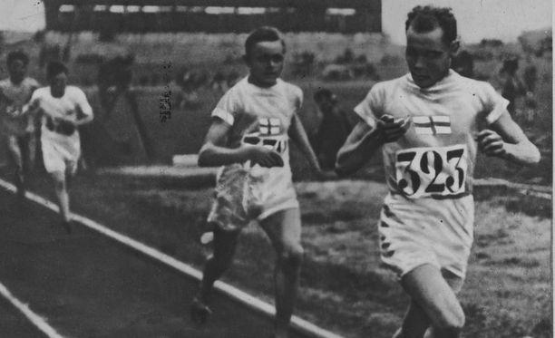 Ville Ritola ja Paavo Nurmi rohmusivat olympiamitaleita 1920-luvulla.