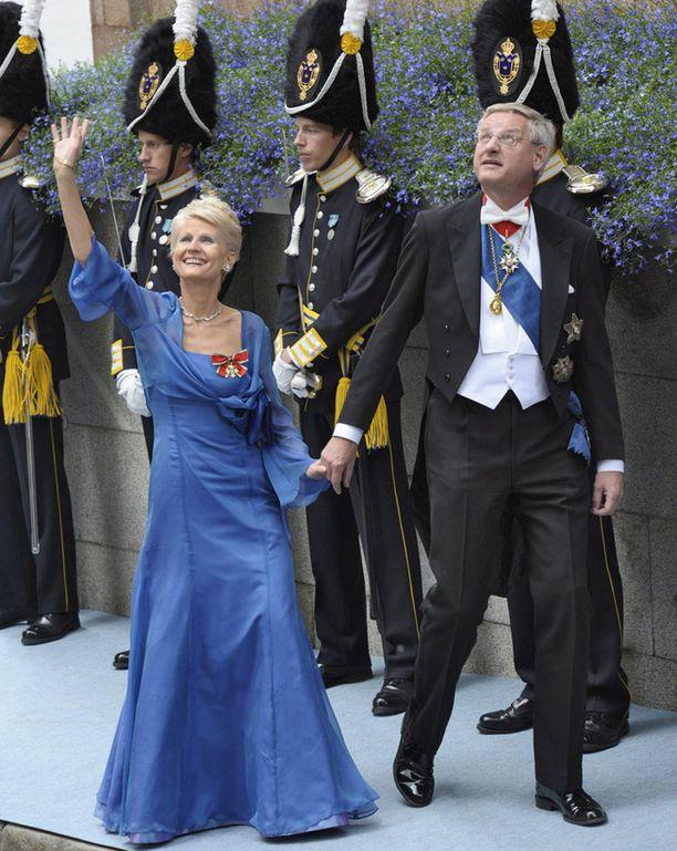 Ruotsin ulkoministeri Carl Bildt vaimoineen.