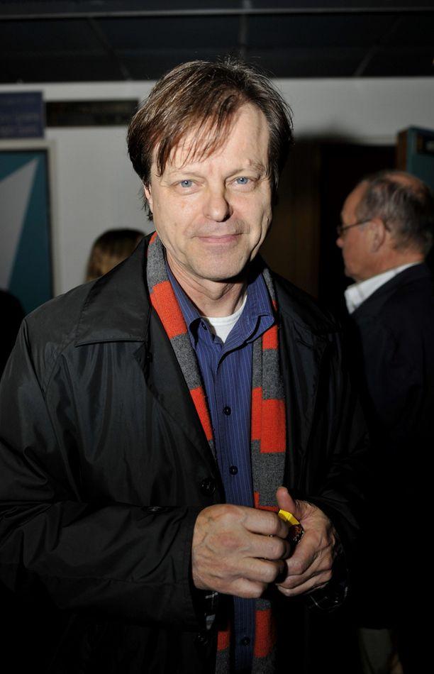 Tuottaja-ohjaaja Claes Olsson vahvistaa, että Kinoproduction suunnittelee elokuvaa marsalkka Mannerheimista. Kuva vuodelta 2008.