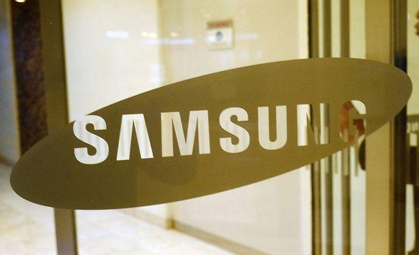 Samsungin epäillään maksaneen liki 40 miljoonan dollarin lahjukset entisen presidentin Parkin luottohenkilölle. Kuvituskuva.