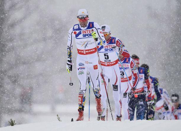 Näin lumisessa säässä Falunissa kilpailtiin vuoden 2015 MM-kisoissa.