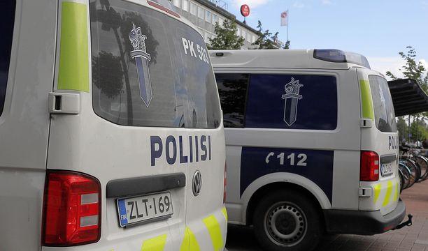 Kolmen miehen raju yhteenotto tapahtui Joensuun torin lähellä Kauppakadun ja Suvantokadun risteyksessä. Arkistokuva.