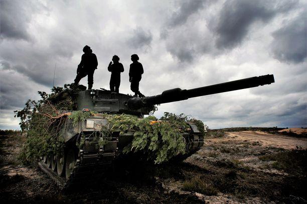 Oikeuteen päätynyt tapaus sattui Panssariprikaatissa toissa syksynä. Kuvassa on Leopard-panssarivaunu.