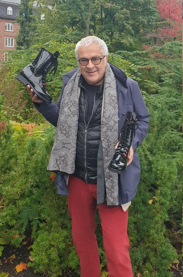 Tero Palmroth aikoo palauttaa Palmrothin kengät takaisin tuotantoon ja myyntiin, uudistuneella nimellä tosin.