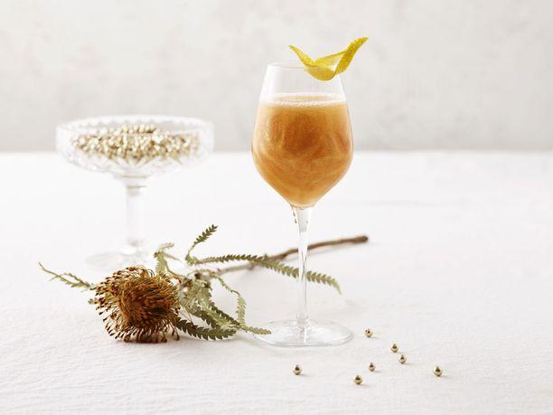 Kultainen uusivuosi oikeasti kimmeltelee kultaisena elintarvikeglitterin ansiosta.