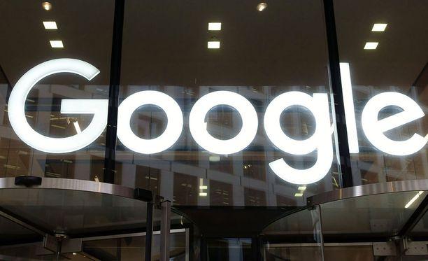 Googlen sakot ovat historiallisen suuret.