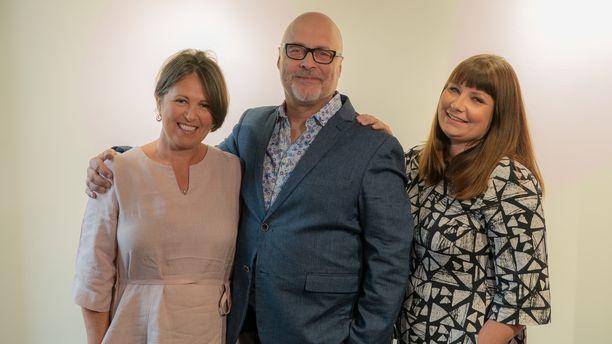 Marianna Stolbow, Tony Dunderfelt ja Elina Tanskanen luotsasivat ohjelman 5. tuotantokautta.
