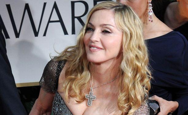 Madonnan mielestä Lady Gagan esikuvana oleminen on joskus imartelevaa.