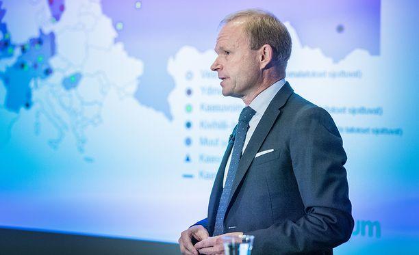 Fortumin toimitusjohtaja Pekka Lundmark kertoi jättikaupasta syyskuun lopussa.