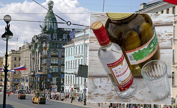 Viinaan menevät suomalaiskolmikko aiheutti Leningradin pääkonsulinvirastolle harmia 1980-luvulla.