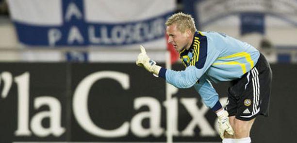 Sormi sen jo näyttää mitä paikkaa maajoukkuevahti Antti Niemi haluaisi Fulhamista.
