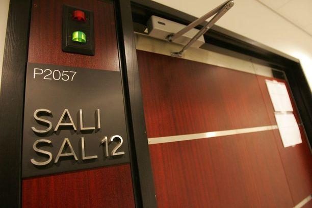Hovioikeus piti Kim ja Dony Kalamaan tuomiot ennallaan.