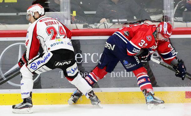Sport ja HIFK nyhräävät Helsingissä nolla-nollaa.