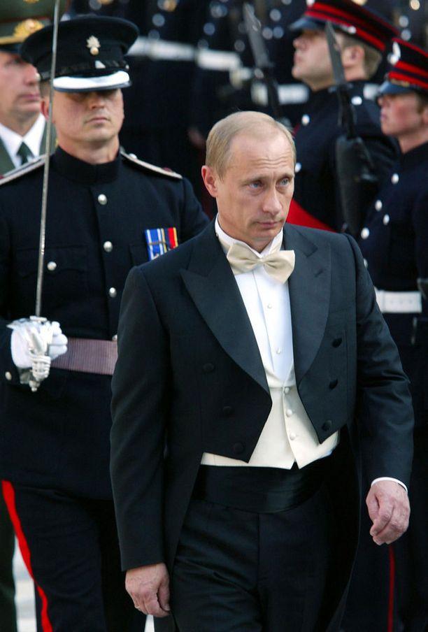 Putin oli solakassa kunnossa vuonna 2003.