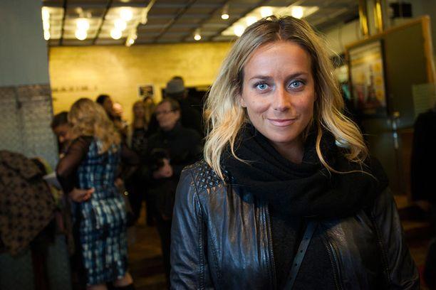 Näyttelijä Iina Kuustonen on tuttu kasvo kotimaisista elokuvista ja tv-sarjoista.