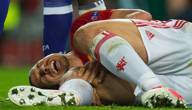 Zlatanin pelit Manchester Unitedissa päättyivät tämän kauden osalta ikävään polvivammaan.