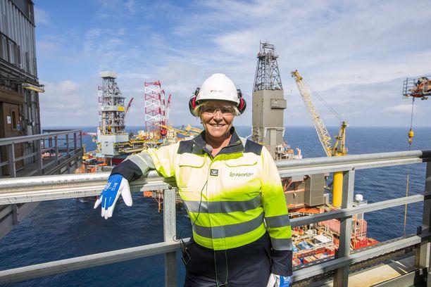Norjan valtiovarainministeri Siv Jensen öljynporauslautalla elokuussa 2017.