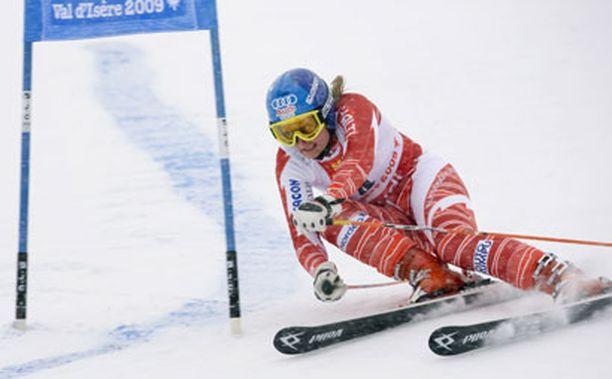Tanja Poutiainen taisteli kahden hopeisen MM-mitalinsa jatkoksi pronssia.