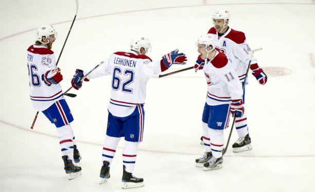 Montrealin Canadiensin tulokashyökkääjä Artturi Lehkonen iski NHL-uransa ensimmäisen pudotuspelimaalin New York Rangersia vastaan.