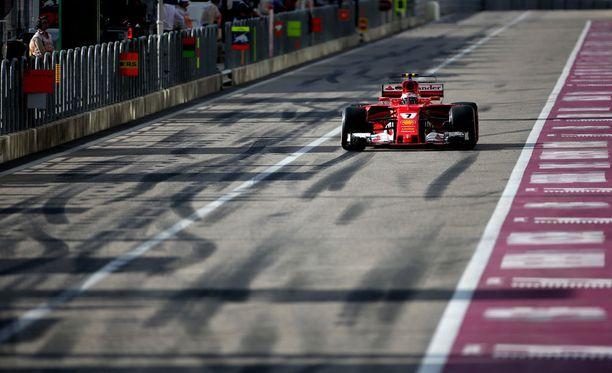 Kimi Räikkönen valitti Meksikon ohuen ilmanalan vaikutuksia ajamiseen.