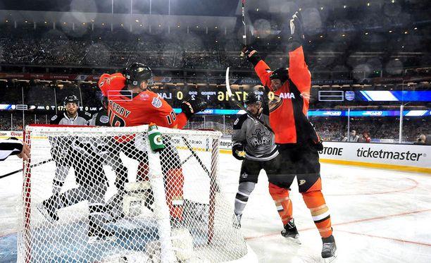 Anaheim Ducks tuuletti talviklassikon voittomaalia. Ja kaikkia muitakin niistä.