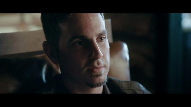 Wade Robson kertoo Leaving Neverland -dokumentissa likaisia yksityiskohtia hyväksikäytöstä.
