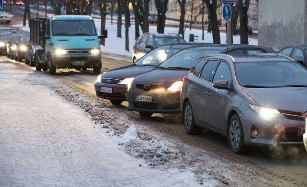Hallituksen esitys uudeksi tieliikennelaiksi on tänään torstaina eduskunnassa lähetekeskustelussa.