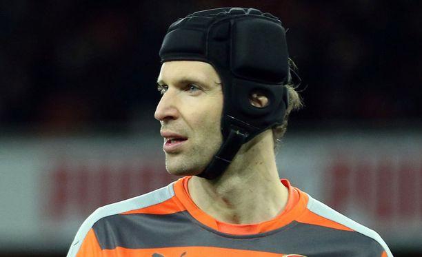Petr Cechiä ei nähdä kentällä Tottenham-pelissä.
